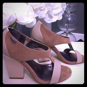 Calvin Klein Tan and Camel Size 8 Heels
